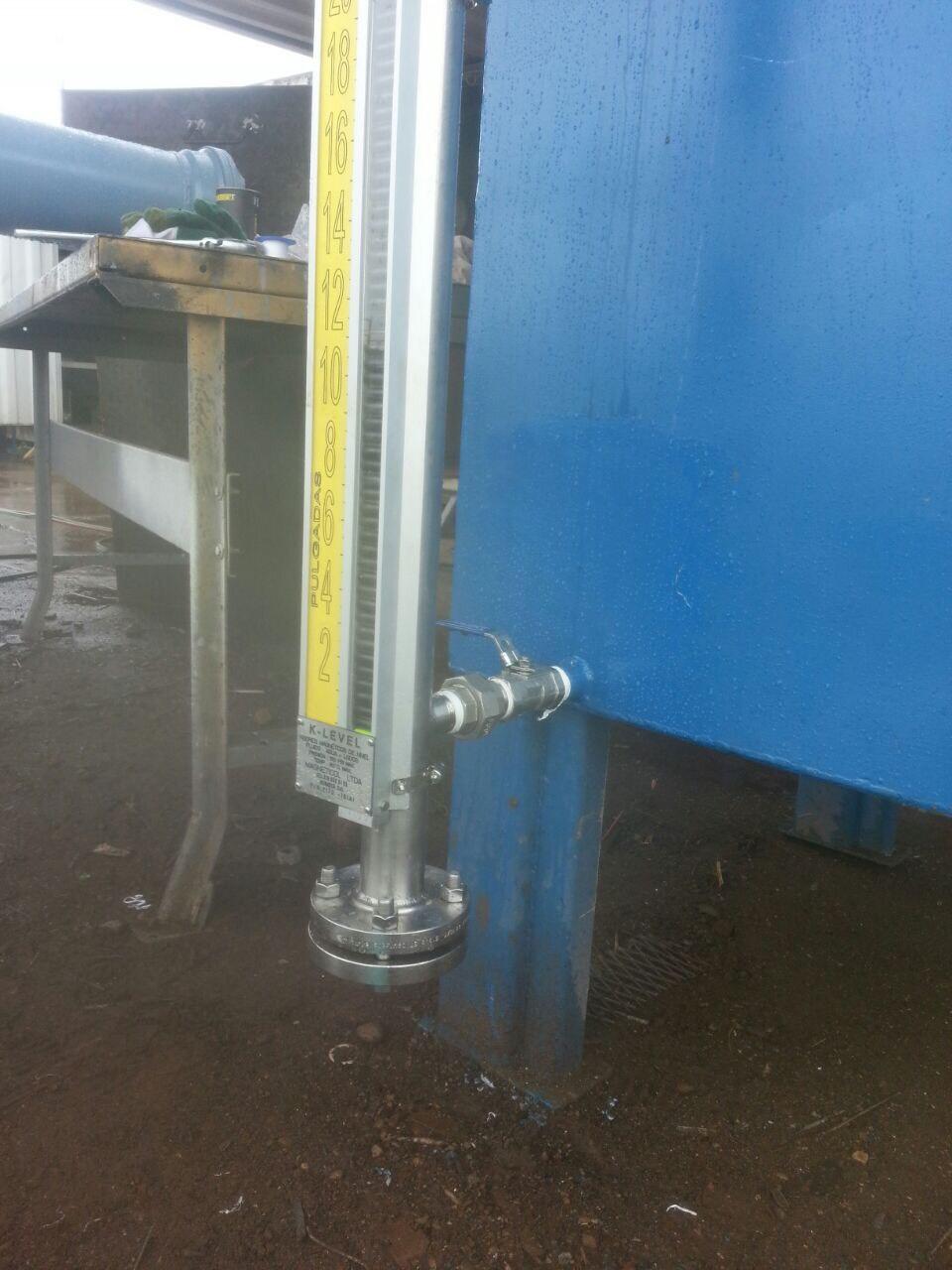 Visor magnético nivel en tanque de combustible